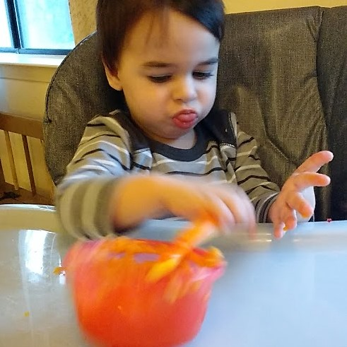 picky eating, sensory processing, autism, autism awareness, speech language pathology, early intervention, parenting, meal time, mom life, mom blog